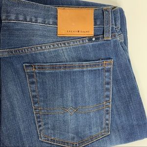NWOT LUCKY BRAND JEANS 363 VINTAGE STRAIGHT 34x30